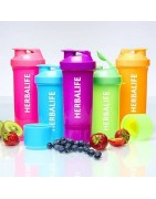 Herbalife nutrition accessories - Cocktail shakers, spoons and blender